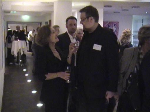 Tobias Fritz mit der Schauspielerin Elenore Weißgerber bei der einer Ausstellung in Plauen